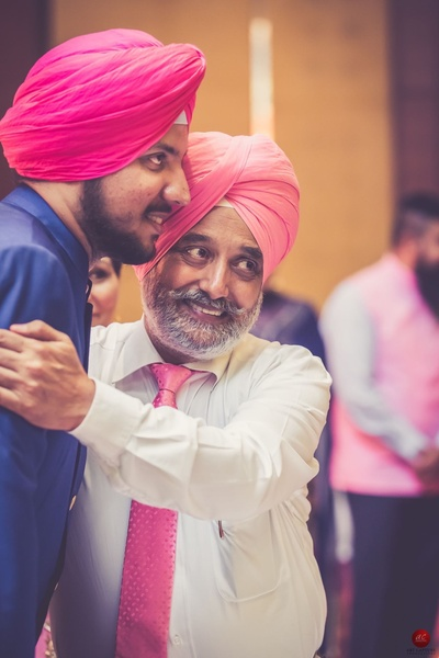 Heartwarming wedding family portraits by Art Capture photography