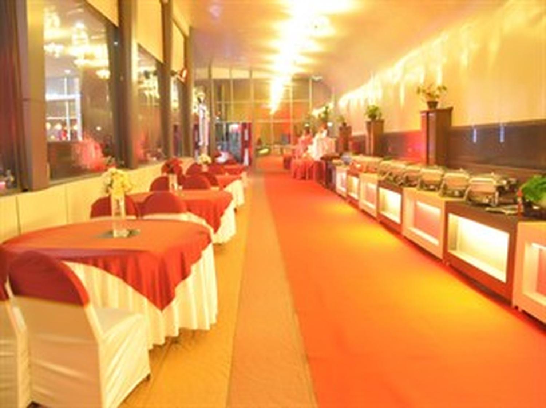 Hotel Signature Grand Delhi