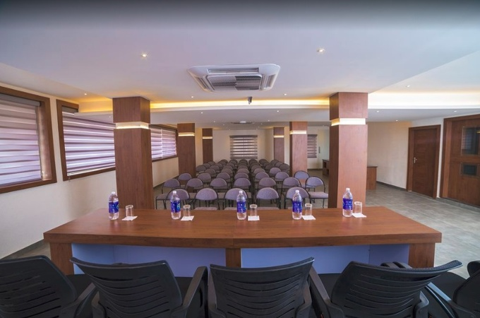 The Anton Hotel Kaloor Kochi - Banquet Hall