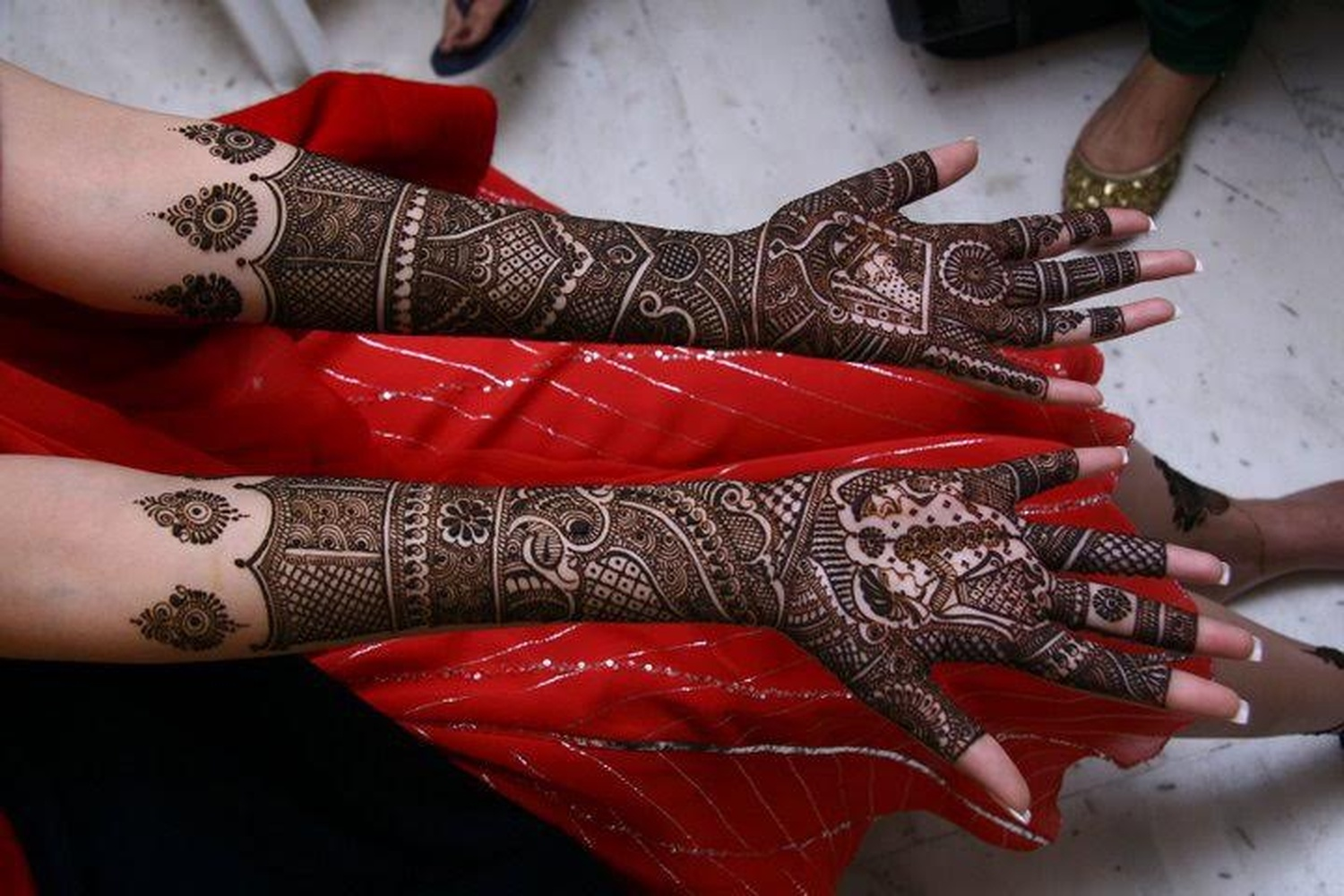 Bridal Mehndi Artist In Bangalore : Pushpa mehndi arts bridal artist in bangalore weddingz