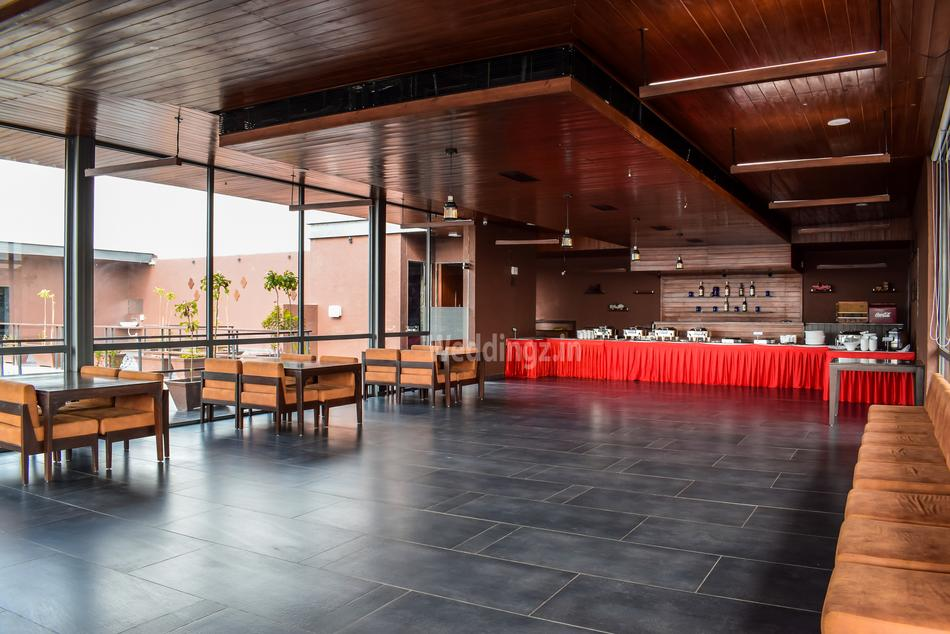Maple 99 Restaurant And Banquet Chandkheda, Ahmedabad ...