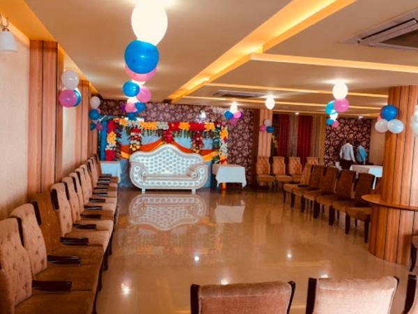 Eatery Castle Indira nagar Lucknow - Banquet Hall