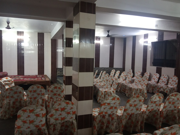 Milan Marriage Hall Daulatganj Lucknow - Banquet Hall