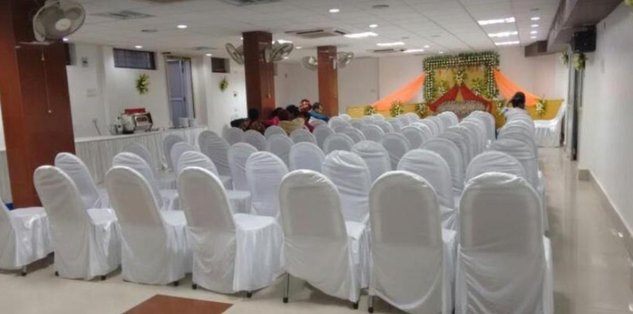 Hotel Aman Palace Old Katra Prayagraj - Banquet Hall