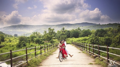 A romantic trip for two amidst a lush green valley
