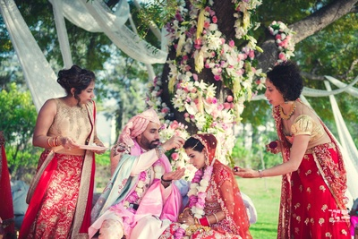 holy sindoor ritual for the bride and groom during the wedding ceremony