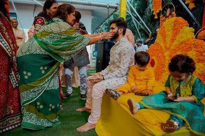 haldi being applied to theMahesh