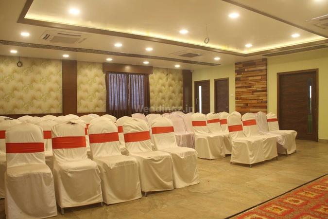 Hotel Durene Laxmisagar Bhubaneswar - Banquet Hall