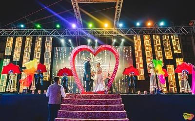 romantic dance at the sangeet