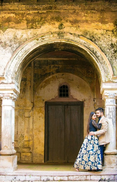 Pre wedding shoot held at old fort.