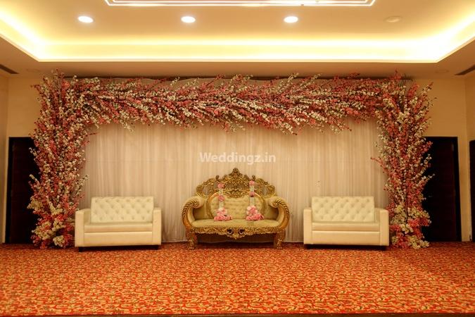 Bhagwati Banquets Bhandup Mumbai - Banquet Hall