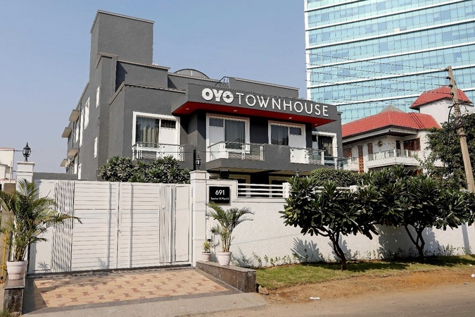 OYO Townhouse 027 Sector 15 Sector 15 Gurugram - Banquet Hall