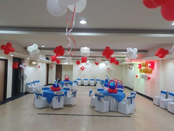 Noida Stay Sector 31 Noida - Banquet Hall