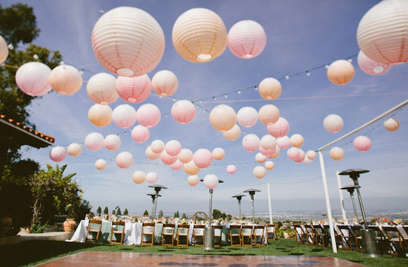 Incredible Ways You Can Use Lanterns in Your Wedding Decor