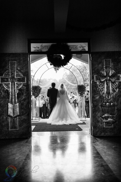 Black and white wedding shoot