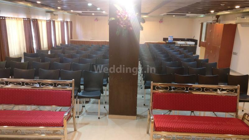 Hotel Vrundavan Residency Babajipura Baroda - Banquet Hall