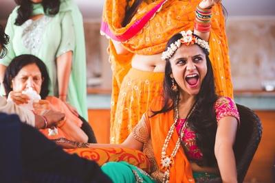 Fun Mehendi ceremony held at Bristol hotel, Gurgaon