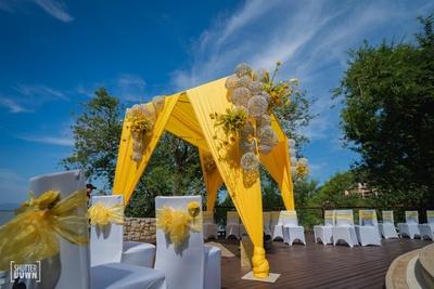 yellow and white decor for the haldi ceremony