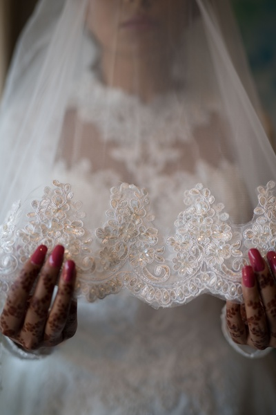 A shot of the bride's veil prior to her church wedding.