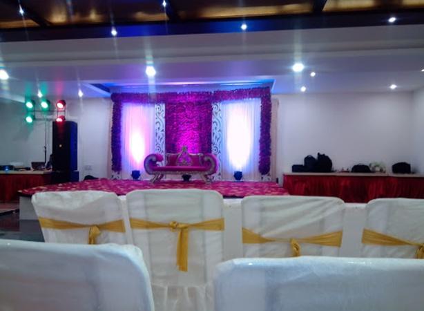 Hotel Solitaire Inn Kakadeo Kanpur - Banquet Hall