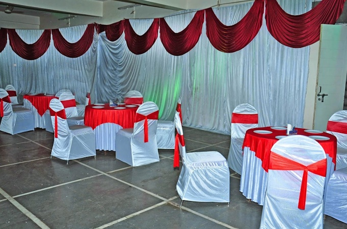 Hotel HMR Royal Inn Satara Road Pune - Banquet Hall