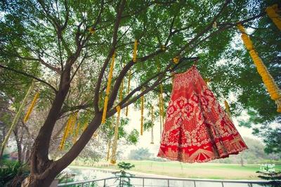 red bridal lehenga for the wedding ceremony