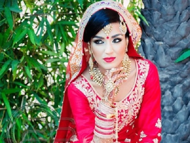 5 Makeup Artists in Ahmedabad Who Can Take Bridal Makeup to The Next Level!
