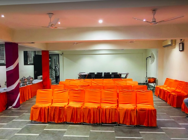 Royal Inn The Guest House Pakhowal Road Ludhiana - Banquet Hall
