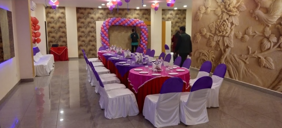 Pind Balluchi Civil Lines Prayagraj - Banquet Hall