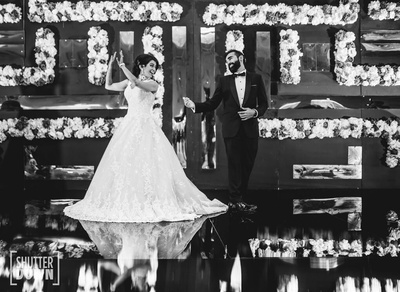 The couple dancing on their sangeet