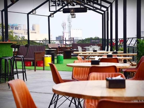 Backstage Lounge And Bar Viman Nagar Pune - Cocktail Venues