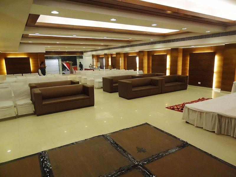 Galaxy Ac Banquets Amp Rooms Dwarka Delhi Banquet Hall