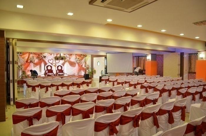 Tulip Apna Bazar Banquet Hall - Dadar (East)