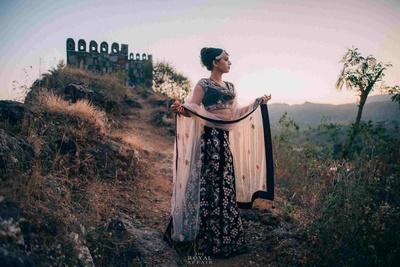 Traditional bride is her deep maroon lehenga looking absolutely royal!