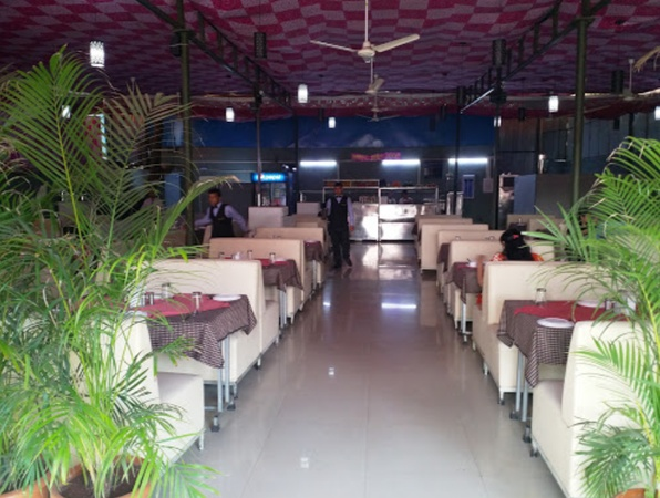 Radha Krishna Vishrantwadi Pune - Banquet Hall