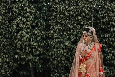Pragya looked stunning in a peach and red bridal lehenga.
