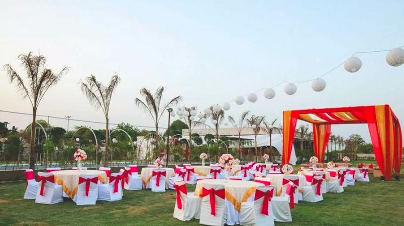 Royal Swan Banquet Sector 33 Gurugram - Banquet Hall