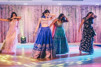 The bride and her friends show off their adayein at the sangeet ceremony!
