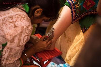 Mehendi ceremony held in Ludhiana.