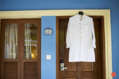 Full sleeves white sherwani for the groom for wedding