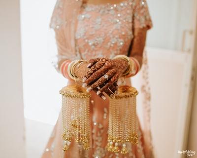bride with kaleeras