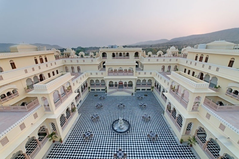 Top banquet halls in Mansarover, Jaipur for a Glamorous Wedding!