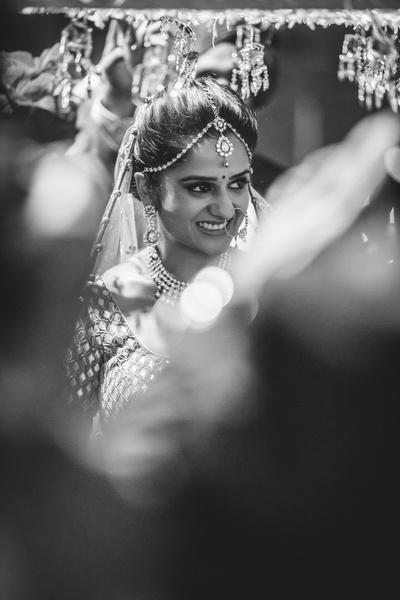 Bridal candid photography.