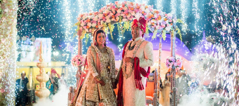 Karthik & Komal Jaipur : This Shiv Vilas Jaipur Wedding's happy pictures will totes make your day!
