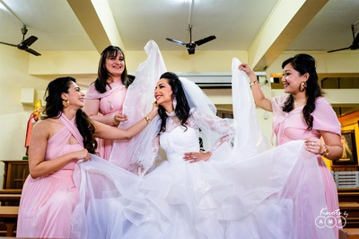 bride and bridesmaids captured moments before the wedding