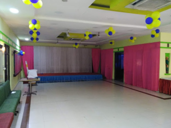 Namma Veedu Vasanta Bhavan Vadapalani Chennai - Banquet Hall