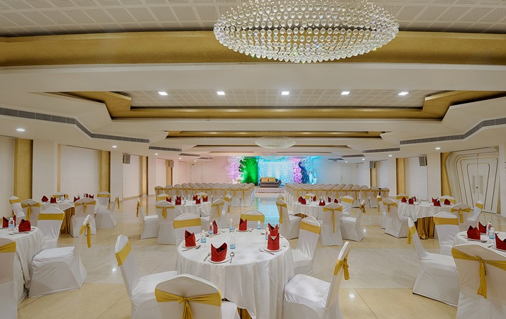 Hotel Vijay Elanza Peelamedu Coimbatore - Banquet Hall