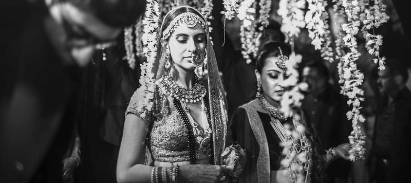 Rishaad & Priyanka Pune : TFM Model Priyanka's Simple Yet Elegant Wedding At The Poona Club, Pune