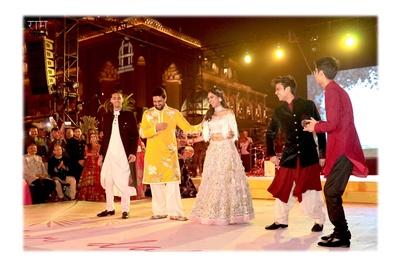 Abhishek Bachchan dancing with the bride
