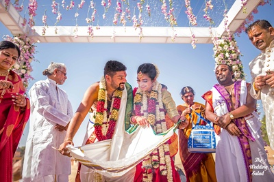 The way Karthi looks at Arushi is surreal!